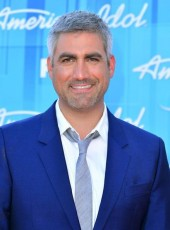 Photo of Taylor Hicks